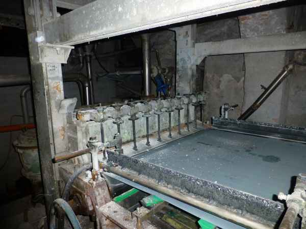 Papiermachine for crep paper 1300mm